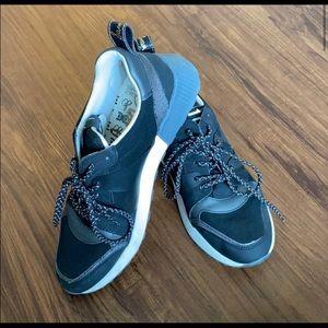 Sam Edelman Darsie Sneaker Size 10.5